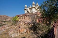 美丽的大理石白色Jaswant Thada陵墓在1899年修造的 免版税库存图片