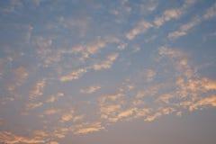 美丽的天空和云彩早晨 库存照片