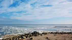 美丽的天空和海 免版税库存照片