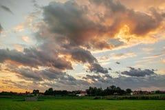美丽的天空Ouddorp,荷兰 免版税库存照片