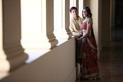 美丽的夫妇印地安人 免版税图库摄影