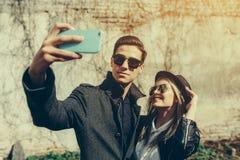 美丽的夫妇年轻人 图库摄影