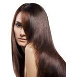 美丽的头发长的纵向妇女年轻人 免版税库存图片