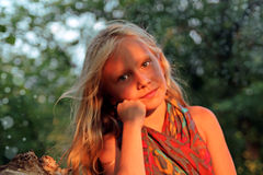 美丽的女孩一点 免版税图库摄影