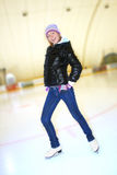 美丽的女孩冰鞋 免版税图库摄影