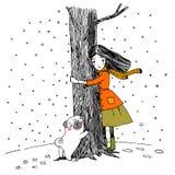 美丽的女孩和一个逗人喜爱的哈巴狗在白色背景 免版税图库摄影