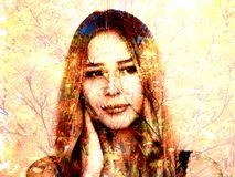 美丽的女孩和树秋天 库存图片