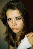 美丽的女孩性感受伤 免版税图库摄影