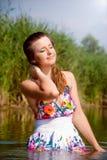 美丽的女孩水 免版税库存照片