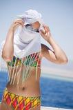 美丽的女孩海运 免版税图库摄影