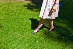美丽的女孩的腿 免版税库存图片
