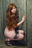 美丽的女孩红发肉欲 免版税库存图片