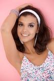 美丽的女孩纵向微笑的夏天 免版税库存照片