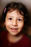 美丽的女孩讲西班牙语的美国人微笑的年轻人 图库摄影