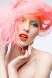 美丽的女孩画象有桃红色头发的 免版税库存照片