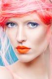 美丽的女孩画象有桃红色头发的 库存照片