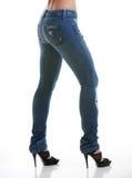 美丽的女性斜纹布模型佩带 免版税库存图片