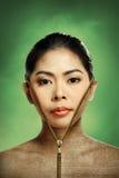 美丽的妇女改变的皮肤,秀丽概念 免版税库存图片