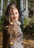美丽的妇女的秋天画象 图库摄影
