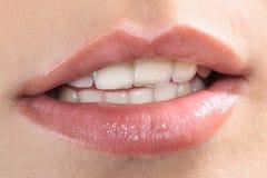 美丽的妇女嘴嘴唇 免版税库存照片