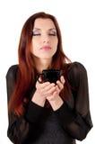 美丽的妇女Wuth咖啡杯 免版税库存照片