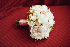 美丽的婚礼花束的特写镜头图象 免版税库存照片