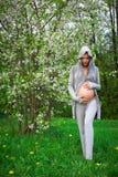 美丽的孕妇 图库摄影