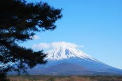 美丽的富士挂接 免版税库存图片