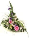 美丽的富有花束不同的花 免版税库存照片