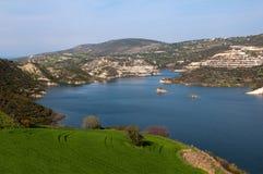 美丽的山湖,塞浦路斯 库存图片
