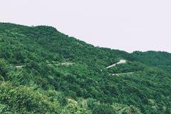 美丽的山路 库存图片