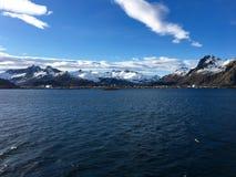美丽的市Svolvaer在Lofoten,挪威 图库摄影