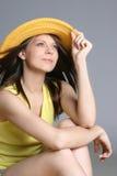 美丽的帽子性感的妇女黄色 免版税图库摄影