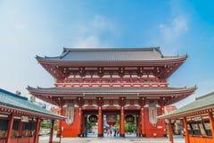 美丽的建筑学大厦sensoji寺庙是参观的著名地方在asakusa区域 免版税库存照片