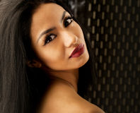 美丽的异乎寻常的妇女年轻人 免版税库存照片