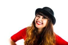 美丽的微笑的少妇佩带的圆顶硬礼帽 库存图片