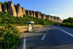 美丽的悔罪者岩石在普罗旺斯 库存图片