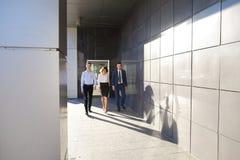 美丽的成功的人民、两个人和女孩,年轻businessme 库存图片