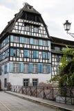 美丽的房子在小法国在史特拉斯堡 免版税库存照片