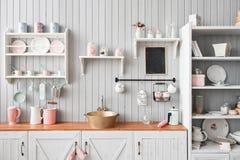 美丽的房子,内部,厨房的看法 免版税库存图片