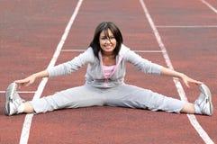 美丽的执行的体育运动妇女 库存照片