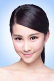 美丽的护肤妇女面孔 库存照片