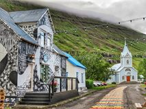 美丽的教会在冰岛 图库摄影