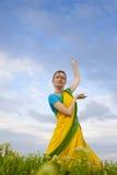 美丽的文化印地安人妇女 免版税库存图片