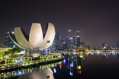 美丽的新加坡在晚上 免版税库存照片