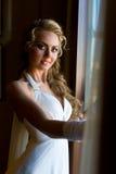 美丽的新娘常设视窗 免版税库存图片