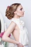 美丽的新娘纵向 礼服片段顺序婚礼 免版税图库摄影