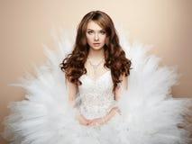 美丽的新娘画象。婚礼照片 免版税图库摄影