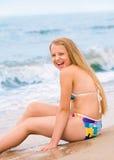 美丽的新白肤金发的女孩 免版税库存图片