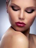 美丽的时尚妇女面孔 免版税库存图片
